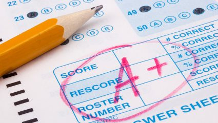 Μαθητής στο Lower δεν κάνει ούτε μισό λάθος: Θα τα καταφέρεις στο τεστ Αγγλικών με τις προθέσεις;