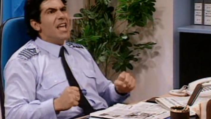 10/10 μόνο εξπέρ: Θα βρεις το όνομα 10 χαρακτήρων της ελληνικής tv που ελάχιστοι θυμούνται;