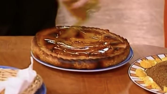 Πάνω από 7/10 μόνο κοιλιόδουλοι: Θα βρεις τη σειρά από το φαγητό που έτρωγαν οι πρωταγωνιστές;