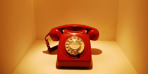 10/10 ούτε ο Χαρδαλιάς: Σου δίνουμε το τριψήφιο τηλέφωνο, μπορείς να βρεις ποιας υπηρεσίας είναι;