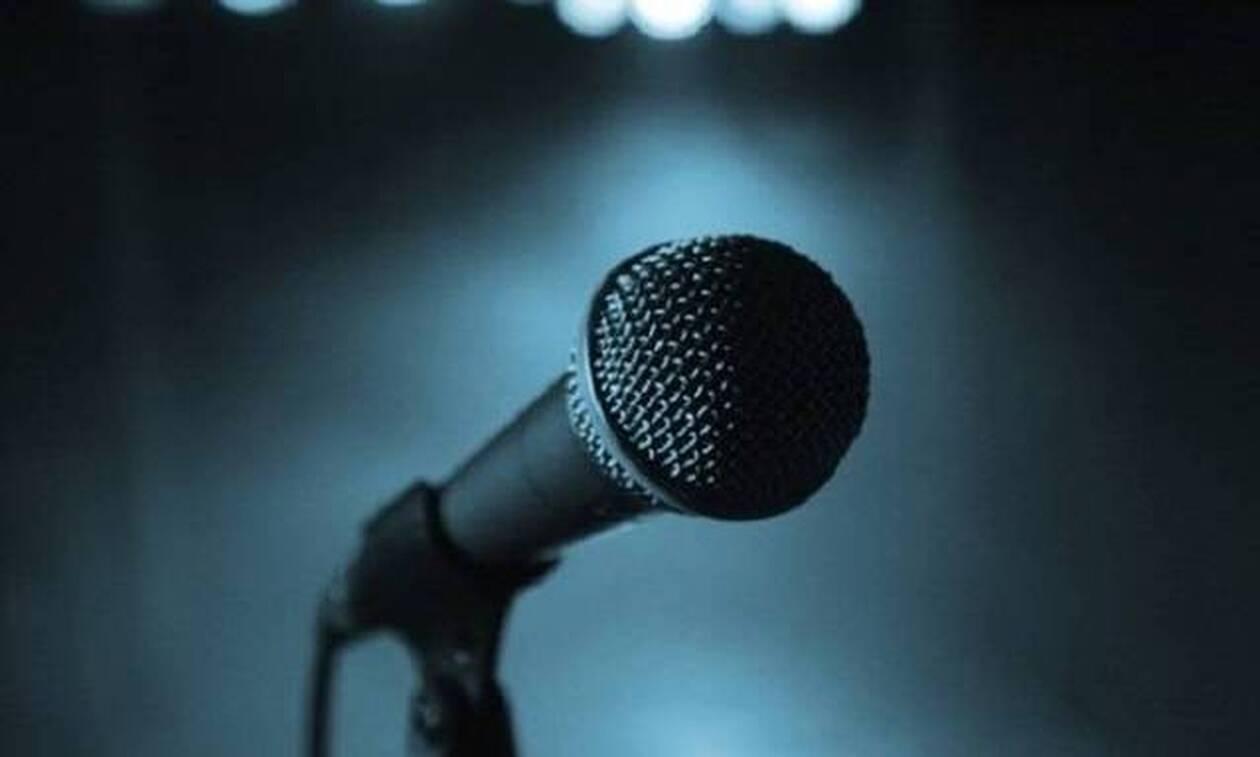 10/10 αδύνατο: Σου δίνουμε ένα στίχο απ' το ρεφρέν ή το κουπλέ του κομματιού, μπορείς να βρεις ποιος το τραγουδάει;