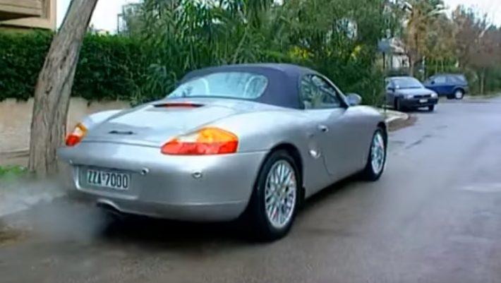 10/10 μόνο ρομπότ: Μπορείς να βρεις την ελληνική σειρά από μια φωτό του πρωταγωνιστή στο αυτοκίνητό του;
